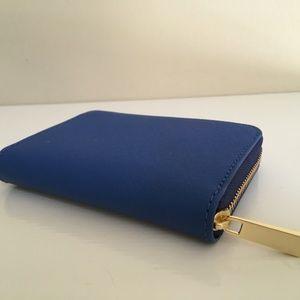 Tory Burch Bags - TORY BURCH NWT EMERSON ZIP COIN CASE